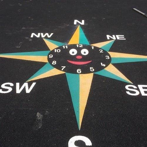 Smiley-Clock-Compass-2