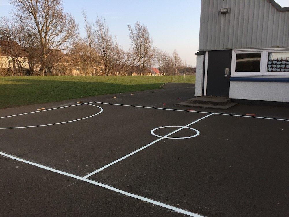Football-Court